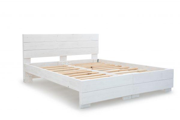 שלגיה יהודית ללא מזרנים - מיטה מעוצבת עשויה עץ אורן מלא בהפרדה יהודית